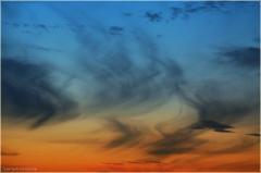Фото перистых облаков после заката солнца