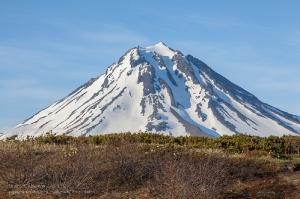 Вулкан Вилючинская сопка. Камчатка. Фото с Вилючинского перевала