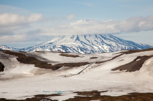 Камчатка. Вилючинский вулкан в облаках