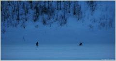 Зимний пейзаж. Рыбаки на льду Оки. Зимняя рабалка. Подледный лов