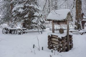 Зима. Деревня. После снегопада