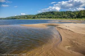 Пустынный пляж. Фотографии реки Оки в районе города Горбатова