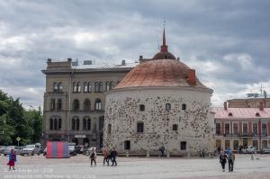 Фото Выборга. Рыночная площадь. Круглая башня