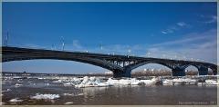 Фото Нижнего Новгорода. Канавинский мост и ледоход на Оке