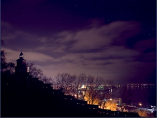 Ночное фото Нижегородского Кремля. часовая башня. Стрелка. Достопримечательности Нижнего Новгорода. Фото